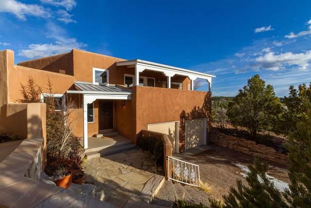 204 Valle Del Sol Court, Santa Fe, NM 87501 (MLS #202000242) :: The Desmond Hamilton Group