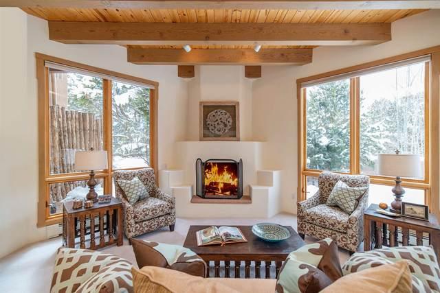 943 Old Bridge Court, Santa Fe, NM 87505 (MLS #202005235) :: Stephanie Hamilton Real Estate