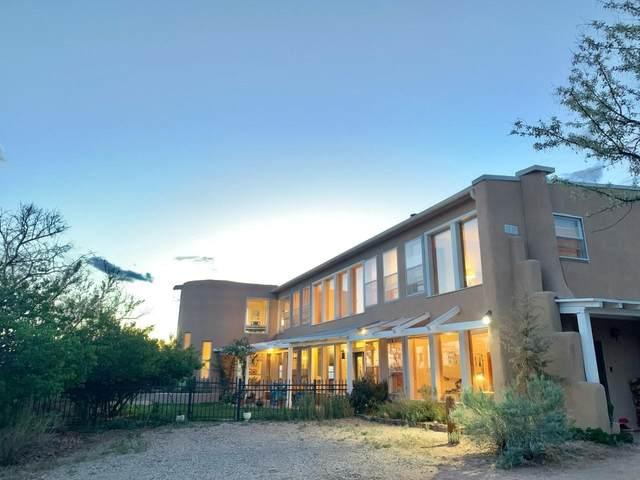 25A Camino Chupadero, Santa Fe, NM 87506 (MLS #202101943) :: Berkshire Hathaway HomeServices Santa Fe Real Estate