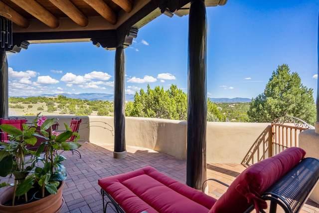 2 Paseo Del Paloma, Santa Fe, NM 87506 (MLS #202103969) :: The Very Best of Santa Fe
