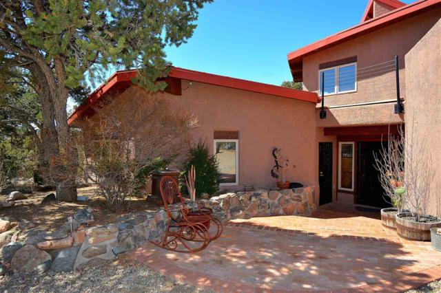 22 Sunlit Dr. East, Santa Fe, NM 87508 (MLS #201801295) :: The Desmond Group