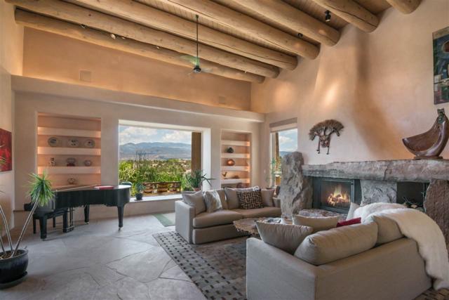 92 Avenida De Las Casas, Santa Fe, NM 87506 (MLS #201900171) :: The Very Best of Santa Fe