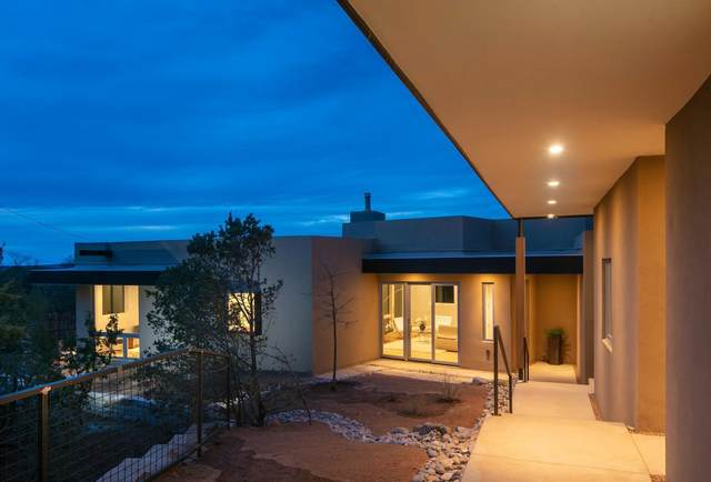 1009.5 Camino Santander, Santa Fe, NM 87505 (MLS #202101379) :: Summit Group Real Estate Professionals