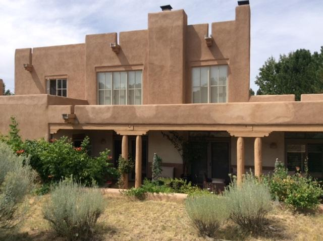 3101 Old Pecos Trail #626, Santa Fe, NM 87505 (MLS #201801044) :: The Desmond Group