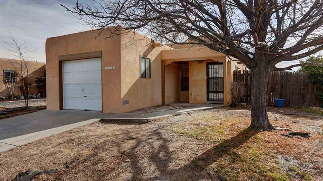 1259 Chestnut, Santa Fe, NM 87507 (MLS #201801751) :: The Desmond Group