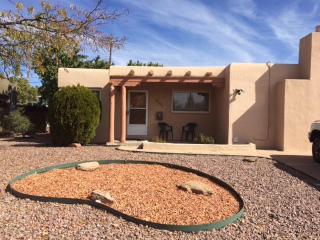 103 Sicomoro, Santa Fe, NM 87501 (MLS #201805189) :: The Desmond Group