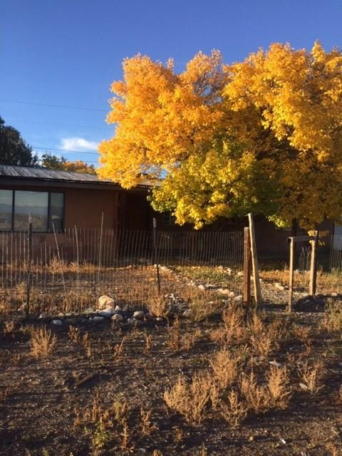 158-A Hwy 110, El Rito, NM 87530 (MLS #201805241) :: The Bigelow Team / Realty One of New Mexico