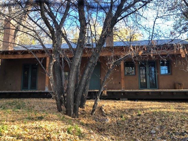 1475 Bishops Lodge, Santa Fe, NM 87506 (MLS #201805260) :: The Desmond Group