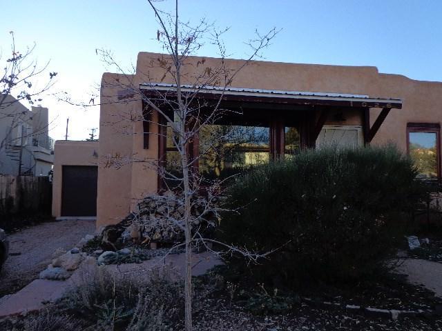 1026 Don Cubero, Santa Fe, NM 87505 (MLS #201805546) :: The Desmond Group
