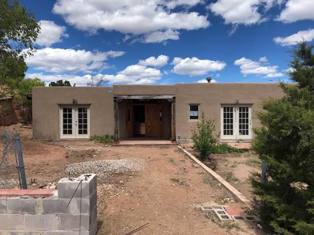 201 Sunny Slope, Santa Fe, NM 87501 (MLS #201904640) :: The Desmond Group