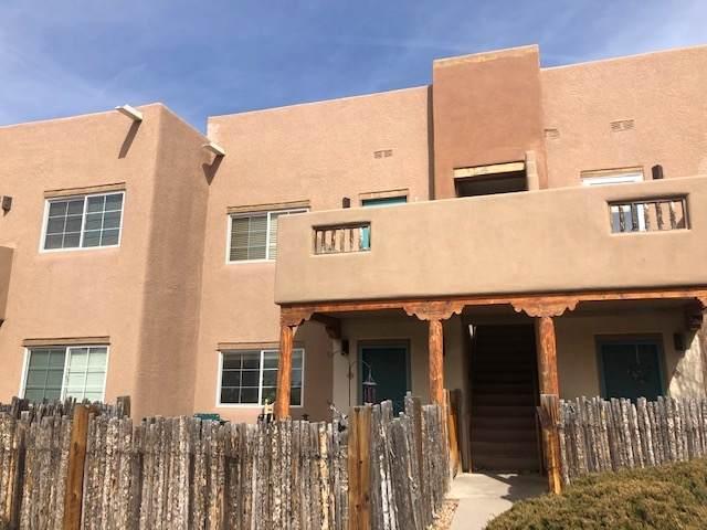 2210 Miguel Chavez 524 #524, Santa Fe, NM 87505 (MLS #202000755) :: The Very Best of Santa Fe