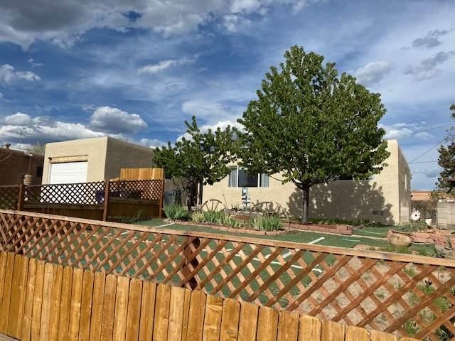 1013 Practilliano Drive, Santa Fe, NM 87505 (MLS #202001424) :: The Desmond Hamilton Group