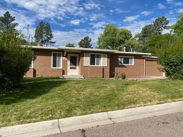 4589 Trinity, Los Alamos, NM 87544 (MLS #202002549) :: The Very Best of Santa Fe