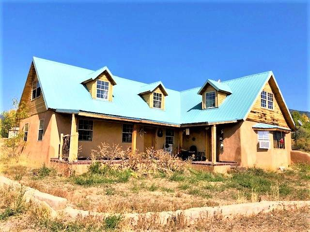 71 Martinez Road, Arroyo Seco, NM 87514 (MLS #202004385) :: Summit Group Real Estate Professionals