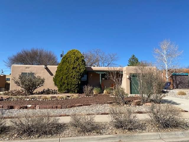 2707 Calle Cedro, Santa Fe, NM 87505 (MLS #202101322) :: Neil Lyon Group | Sotheby's International Realty