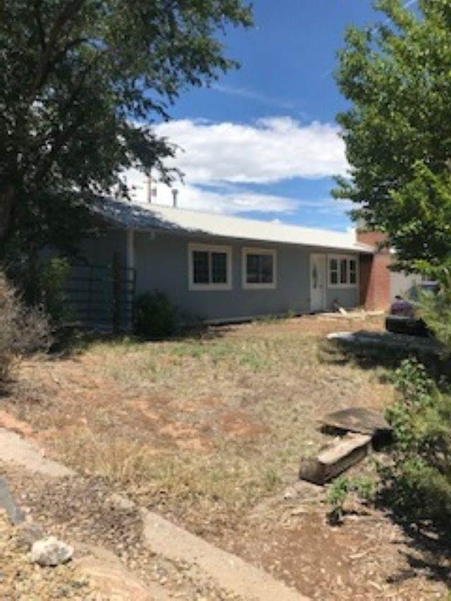 108 Sherwood Blvd, White Rock, NM 87547 (MLS #202102878) :: The Very Best of Santa Fe