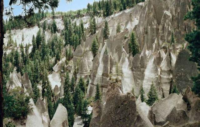 Beryl Road (Cathedrals Canyon, Jemez Mountains) - Photo 1