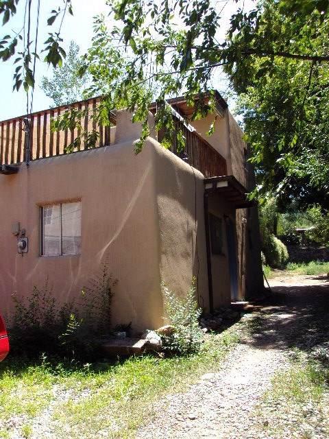 1002 Canyon Rd #C, Santa Fe, NM 87501 (MLS #201904243) :: The Desmond Group