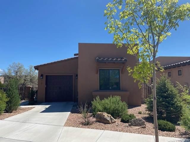 3101 Viale Tresana, Santa Fe, NM 87505 (MLS #202001776) :: Berkshire Hathaway HomeServices Santa Fe Real Estate