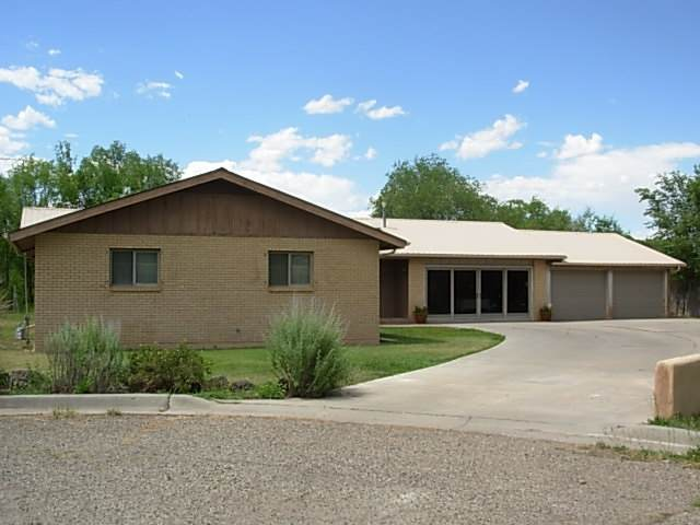 Espanola, NM 87532 :: The Desmond Hamilton Group
