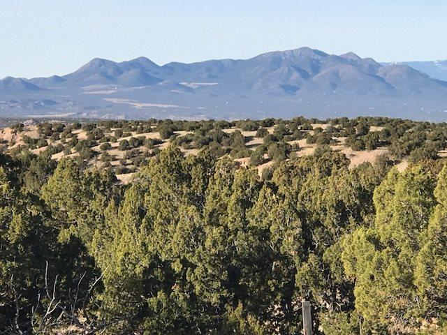 189 New Moon Overlook, Lamy, NM 87540 (MLS #201801129) :: The Desmond Group
