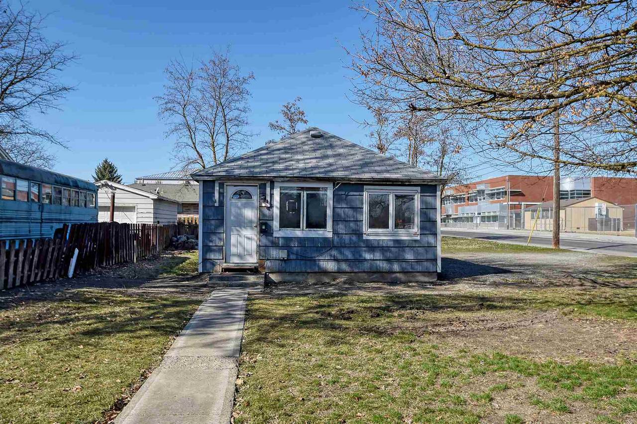 5441 Addison St - Photo 1