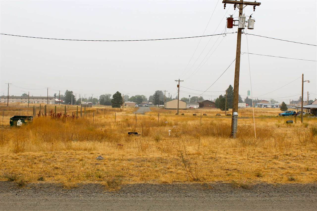 NKA 18th Ave - Photo 1
