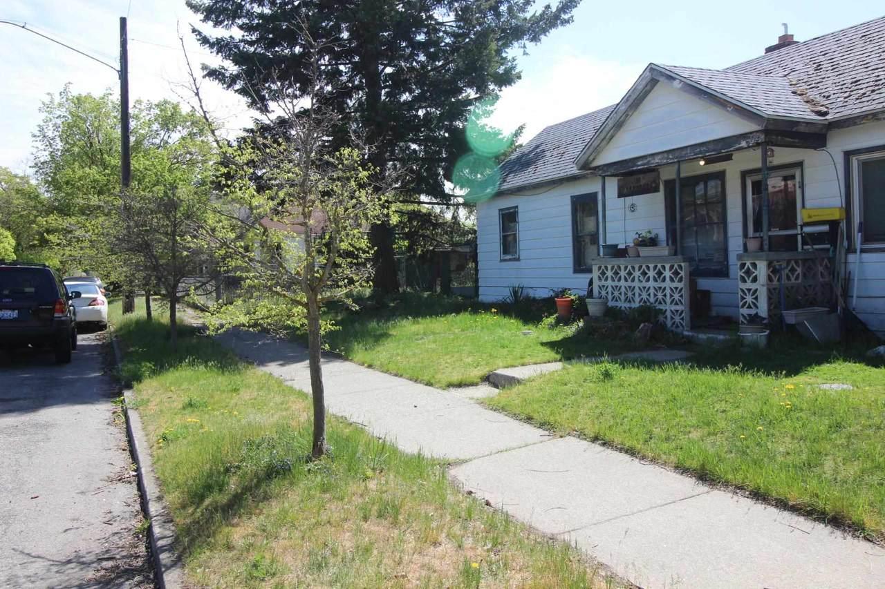 2725 College Ave - Photo 1
