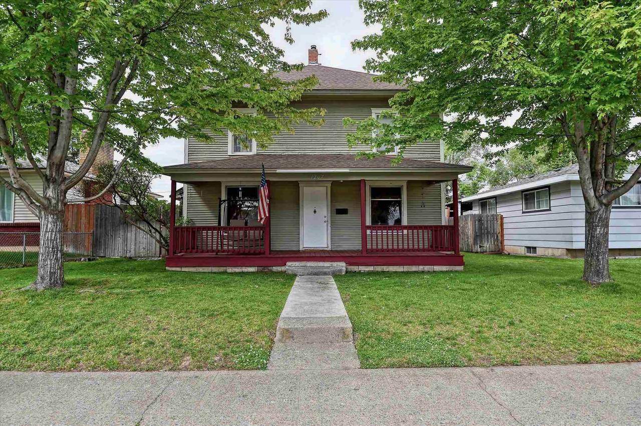 1207 Wabash Ave - Photo 1