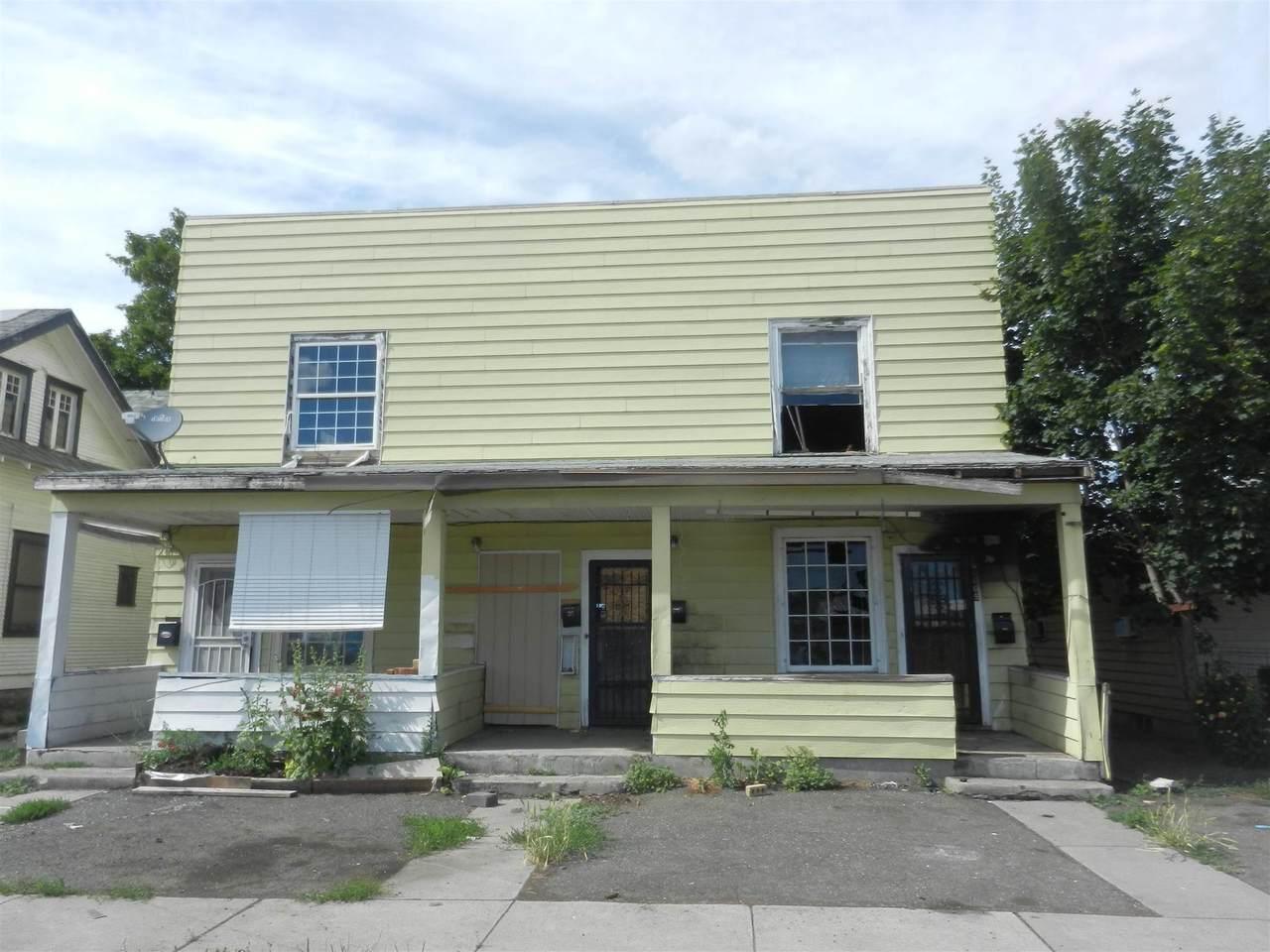 3005 E Broad Ave - Photo 1