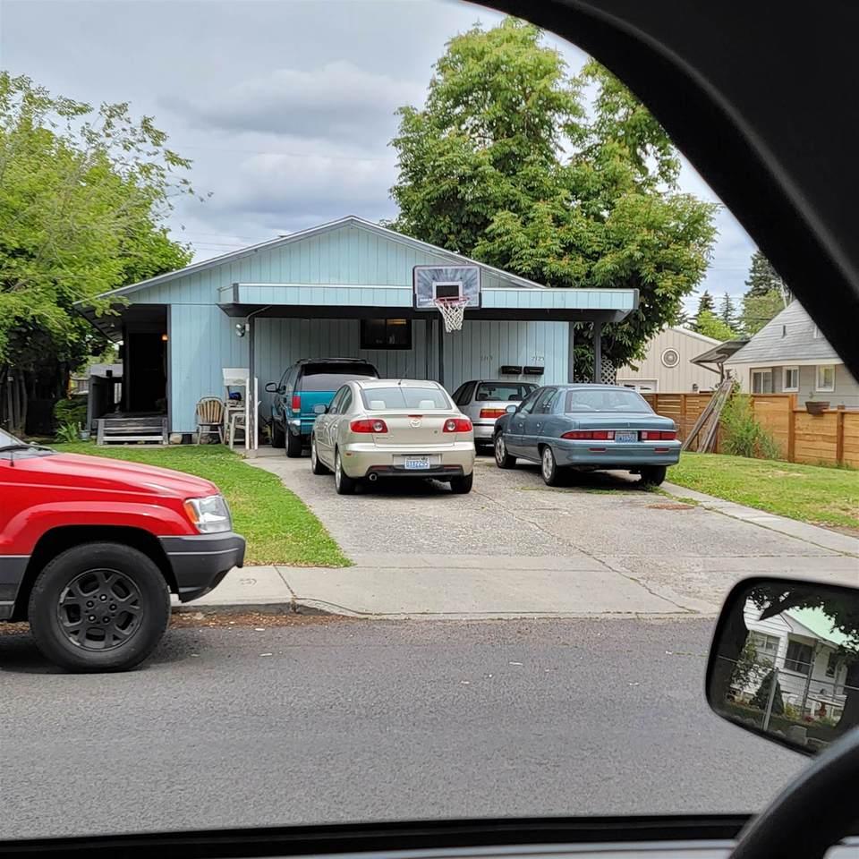 2119-23 Decatur Ave - Photo 1