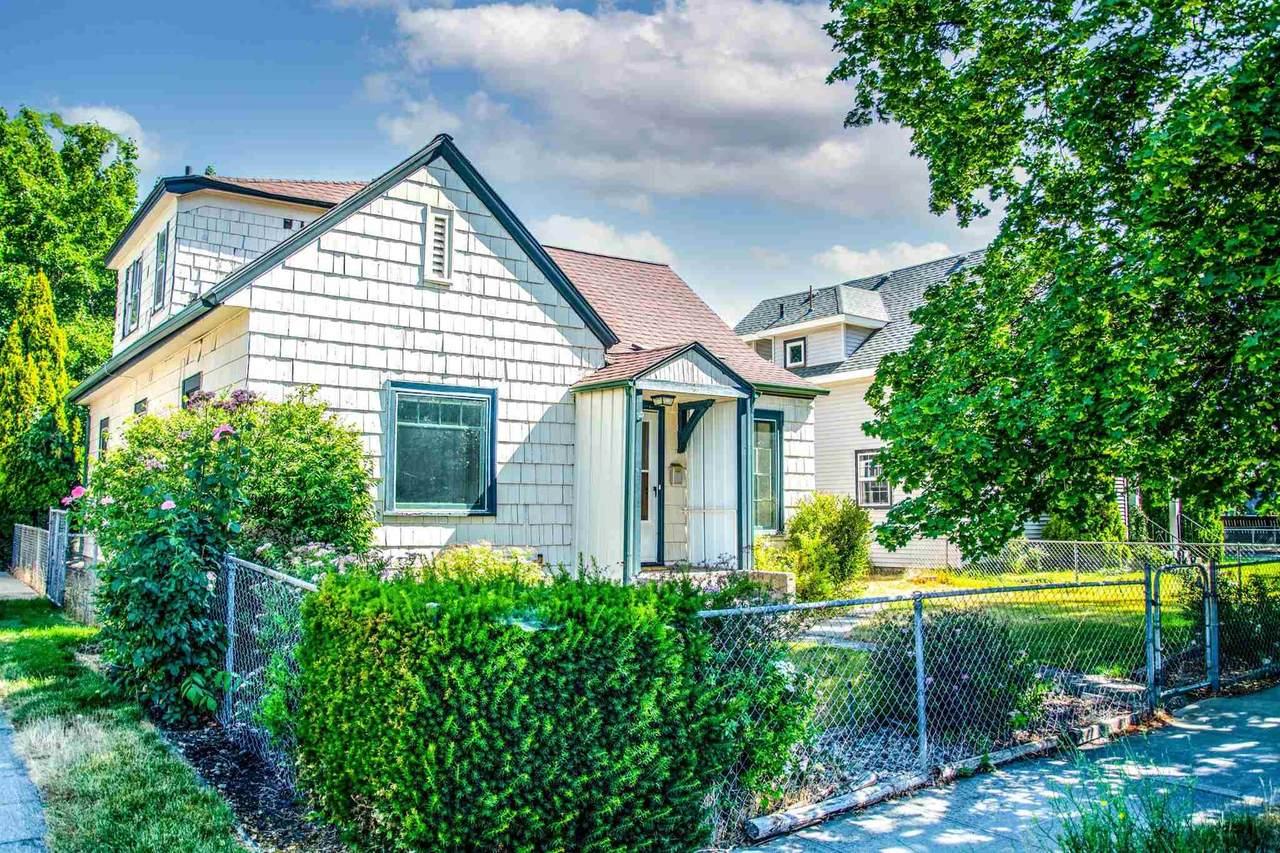 1210 Indiana Ave - Photo 1