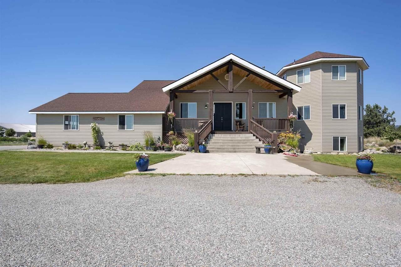 6625 Idaho Rd - Photo 1