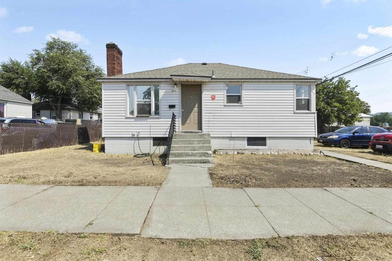 211 Lacey St - Photo 1