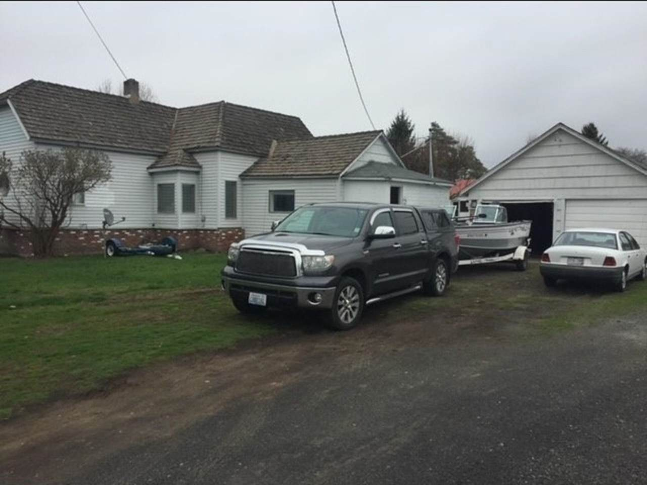 106 Cliff Ave - Photo 1
