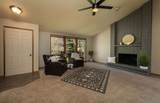 619 Rolland Ave - Photo 4
