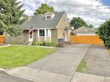 10822 Fairview Ave - Photo 2