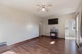 1011 Courtland Ave - Photo 4