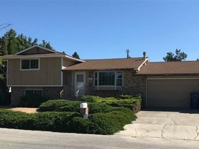 13227 E Guthrie Dr, Spokane Valley, WA 99216 (#201721373) :: The Hardie Group