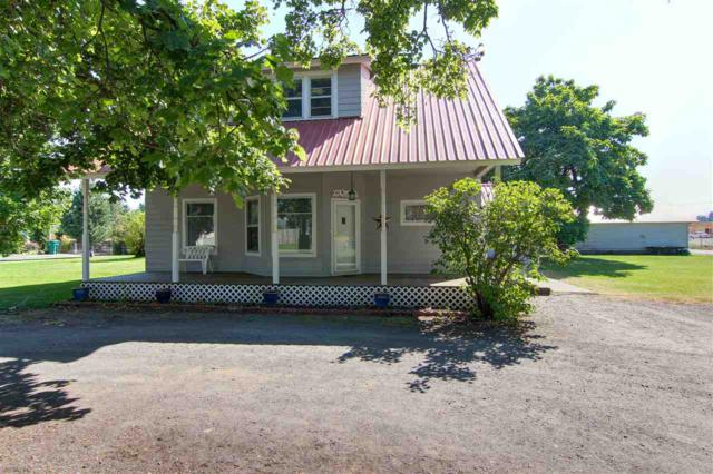 17906 E Mission Ave, Greenacres, WA 99016 (#201724086) :: The Spokane Home Guy Group