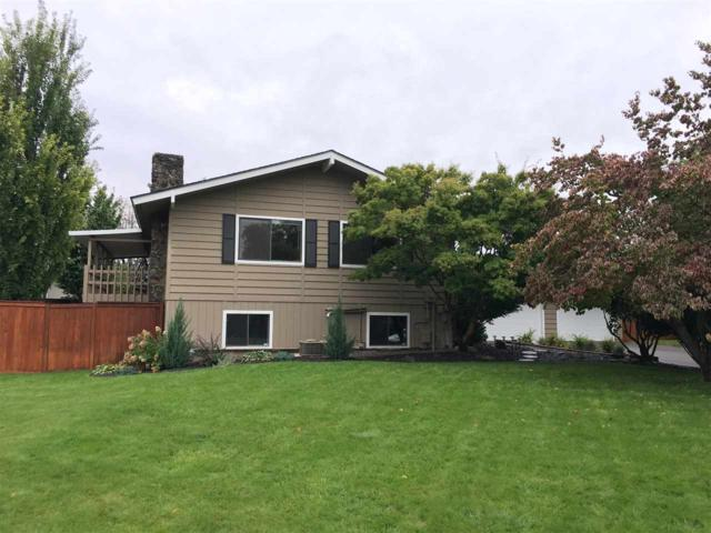 4520 E 43rd Ave, Spokane, WA 99223 (#201724883) :: 4 Degrees - Masters
