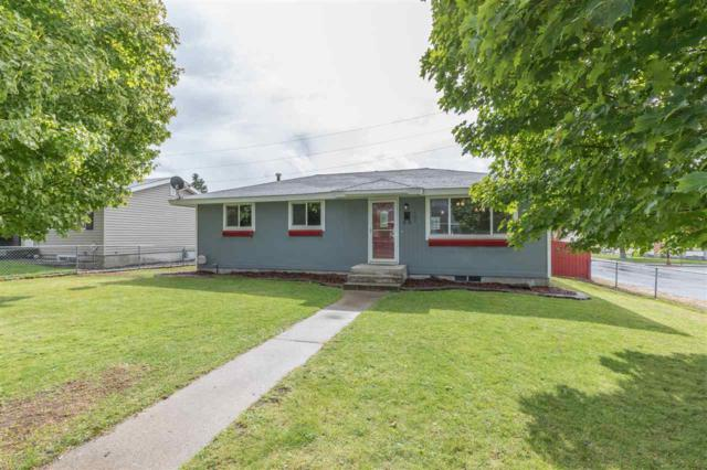 1404 E Gordon Ct, Spokane, WA 99207 (#201724886) :: 4 Degrees - Masters