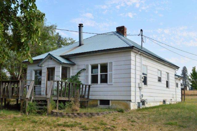516 E Chattaroy Rd, Colbert, WA 99005 (#201724906) :: The Spokane Home Guy Group