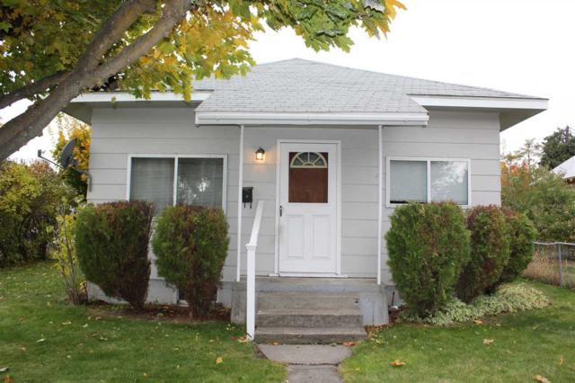 3303 N Stone St, Spokane, WA 99207 (#201726392) :: Prime Real Estate Group