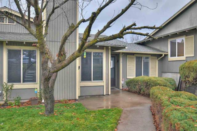6111 E 6th Ave J3, Spokane Valley, WA 99212 (#201727523) :: 4 Degrees - Masters