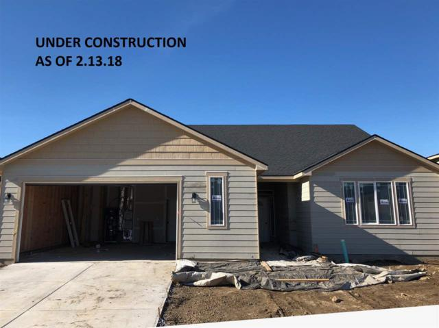 8307 N Maple Ln, Spokane, WA 99208 (#201815558) :: The Hardie Group
