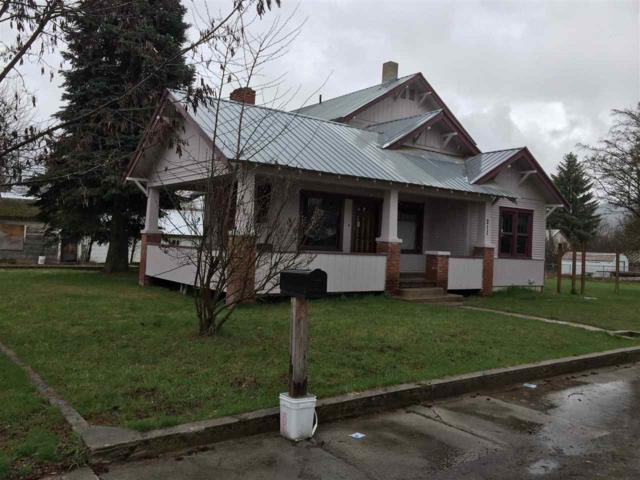 211 4th St, Priest River, ID 83856 (#201817671) :: Northwest Professional Real Estate