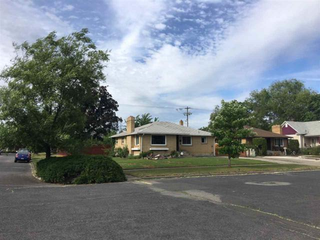 301 E Ermina Ave, Spokane, WA 99207 (#201818238) :: The Synergy Group