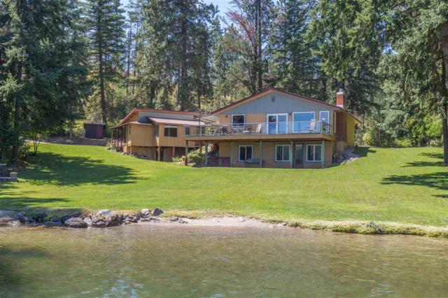 12025 W Riverview Dr, Post Falls, ID 83854 (#201818350) :: Prime Real Estate Group