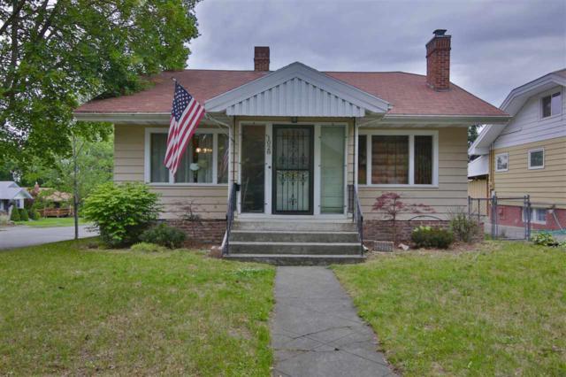 1028 W 24th Ave, Spokane, WA 99203 (#201819386) :: The Hardie Group
